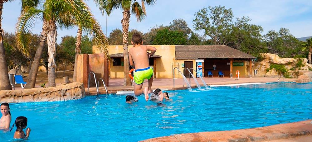 piscina-Oasys-MiniHollywood5