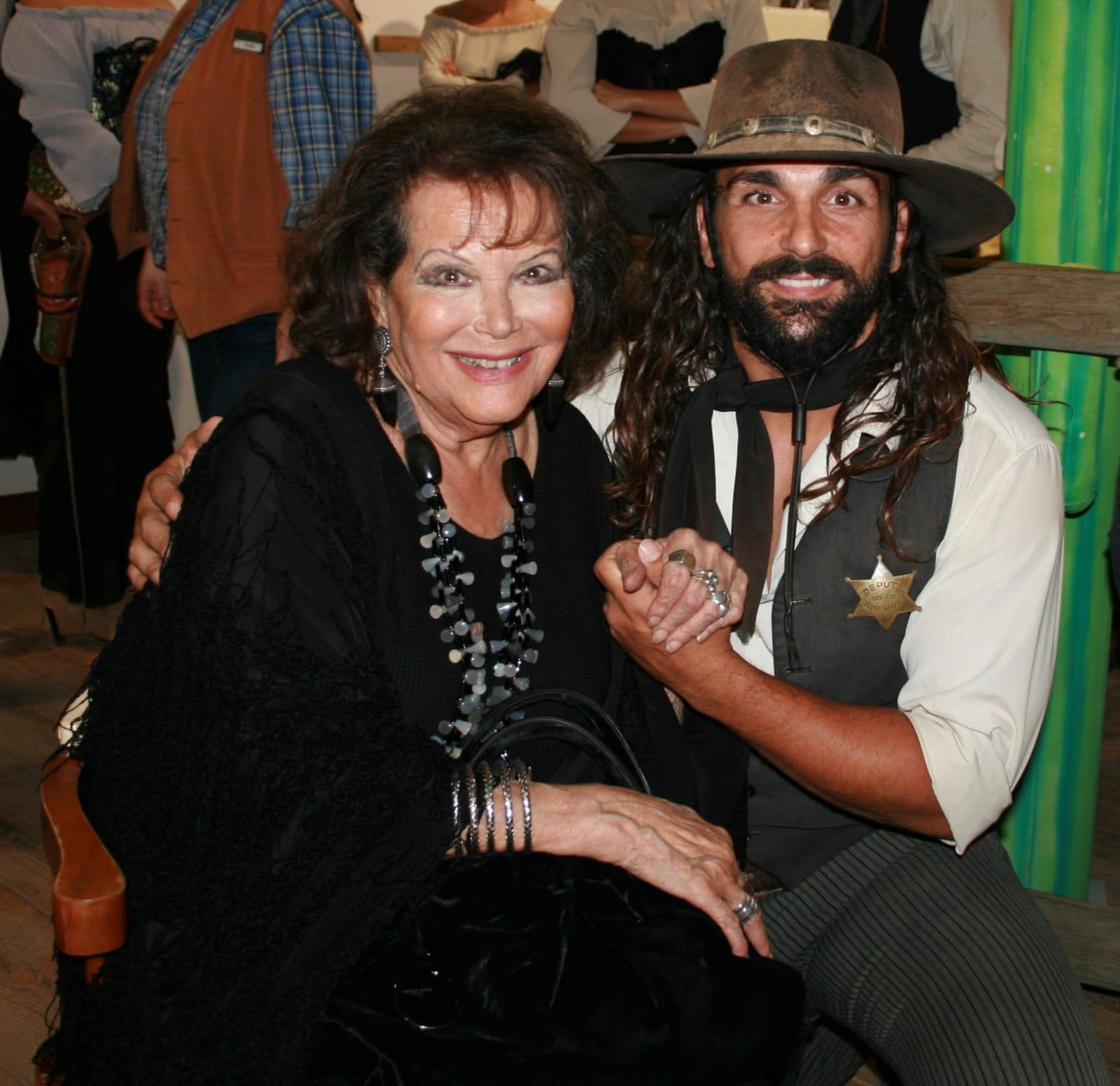 Claudia Cardinale en Oasys MiniHollywood