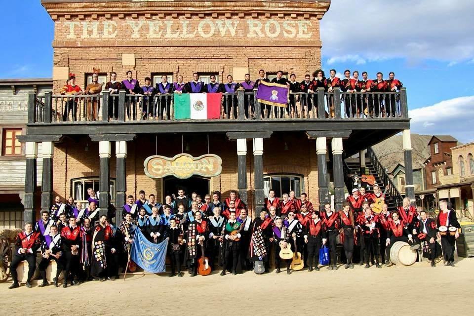 II Certamen Internacional de Tunas Costa de Almería visita Oasys MiniHollywood